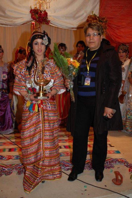 1er Prix plus belle robe Kabyle a été décerné à Mme N'Ait Larbi